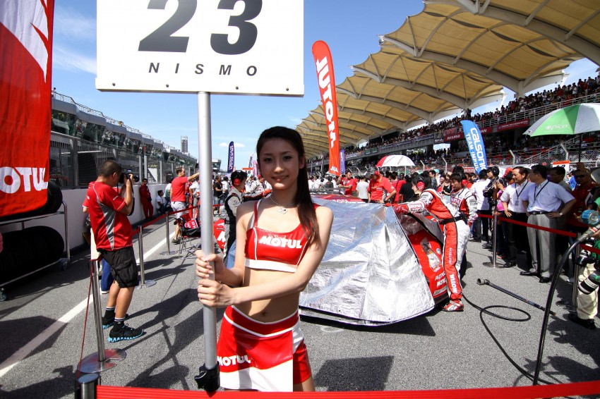 Super GT 2012 Rd 3: Of booth babes and race queens Image #112144