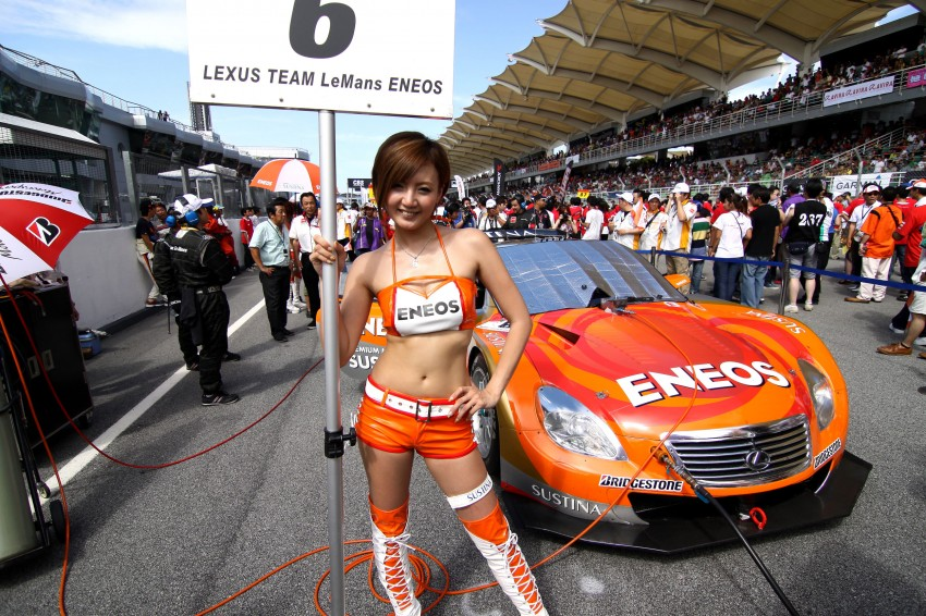 Super GT 2012 Rd 3: Of booth babes and race queens Image #112151