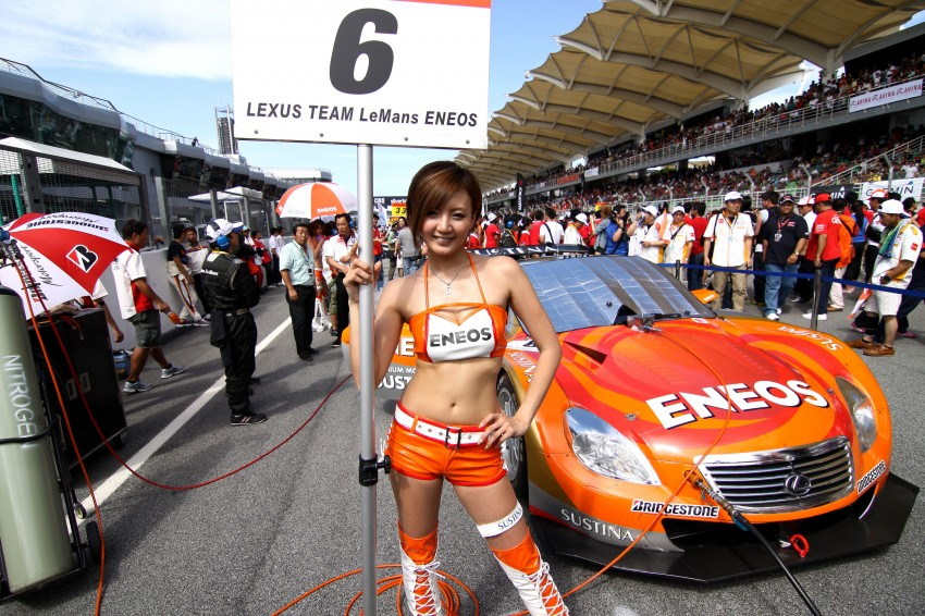 Super GT 2012 Rd 3: Of booth babes and race queens Image #112152