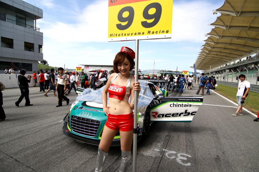 Super GT 2012 Rd 3: Of booth babes and race queens Image #112165