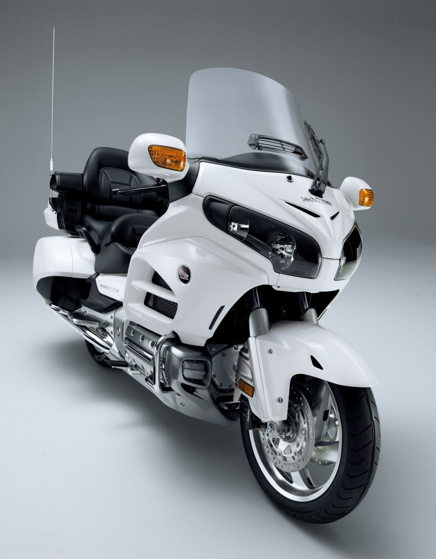 The-best-touring-bike---Honda-2012-Gold-Wing@