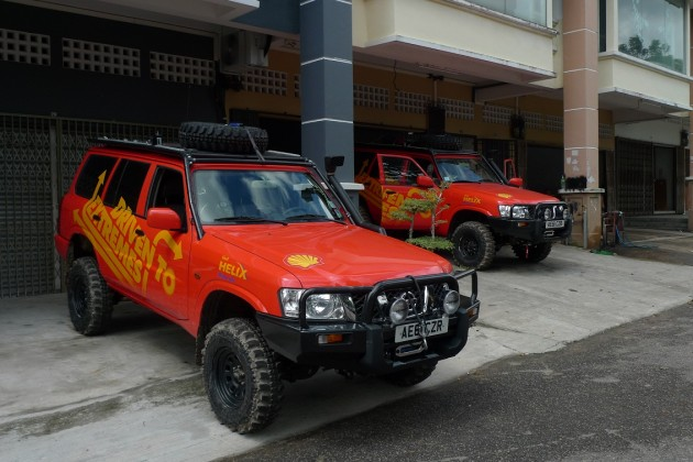 The two units of Shell Helix powered Nissan Patrol that have conquered the Siberian cold, Chinese desert heat and now the wet and humid Malaysian jungle