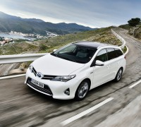 ToyotaAurisTouring_3