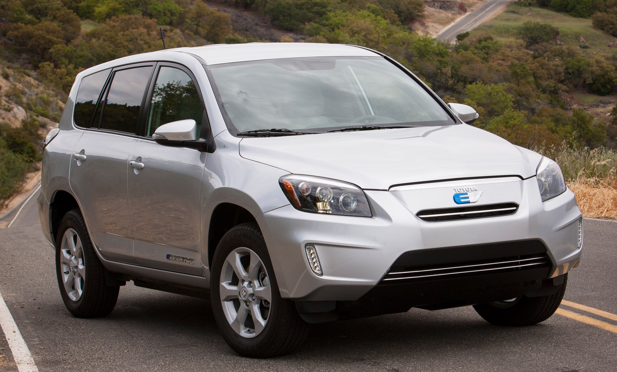 Drive Other Car Coverage >> Toyota RAV4 EV - all-electric SUV makes its debut in LA