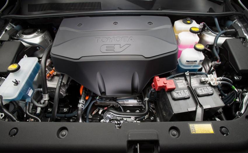 Toyota RAV4 EV – all-electric SUV makes its debut in LA Image #105218
