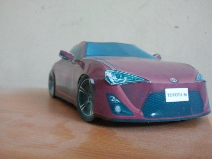 Toyota 86 assembled. Photo taken. Prize will be won. Image #104285