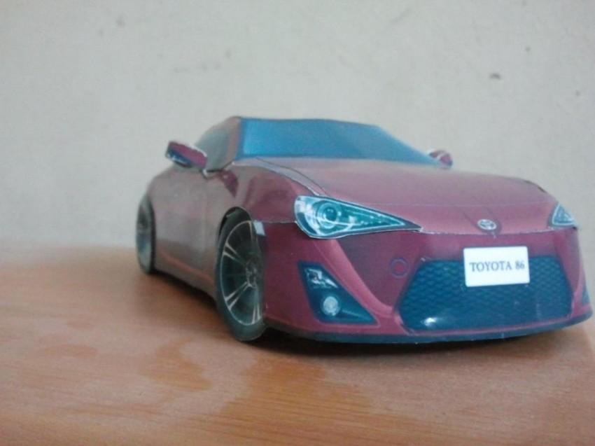 Toyota 86 assembled. Photo taken. Prize will be won. Image #104285