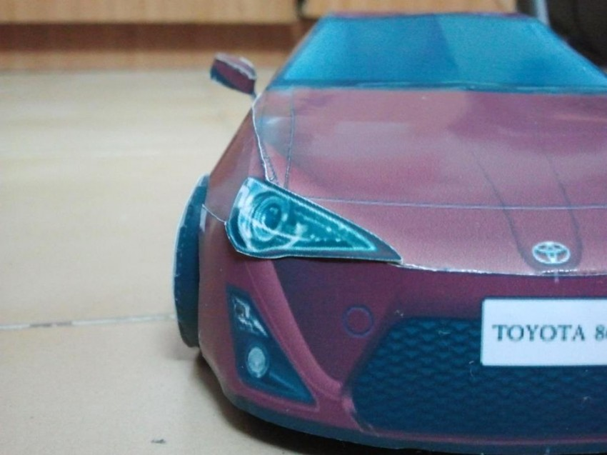 Toyota 86 assembled. Photo taken. Prize will be won. Image #104286
