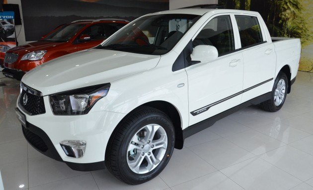 ssangyong actyon sports pickup and actyon suv facelifts. Black Bedroom Furniture Sets. Home Design Ideas