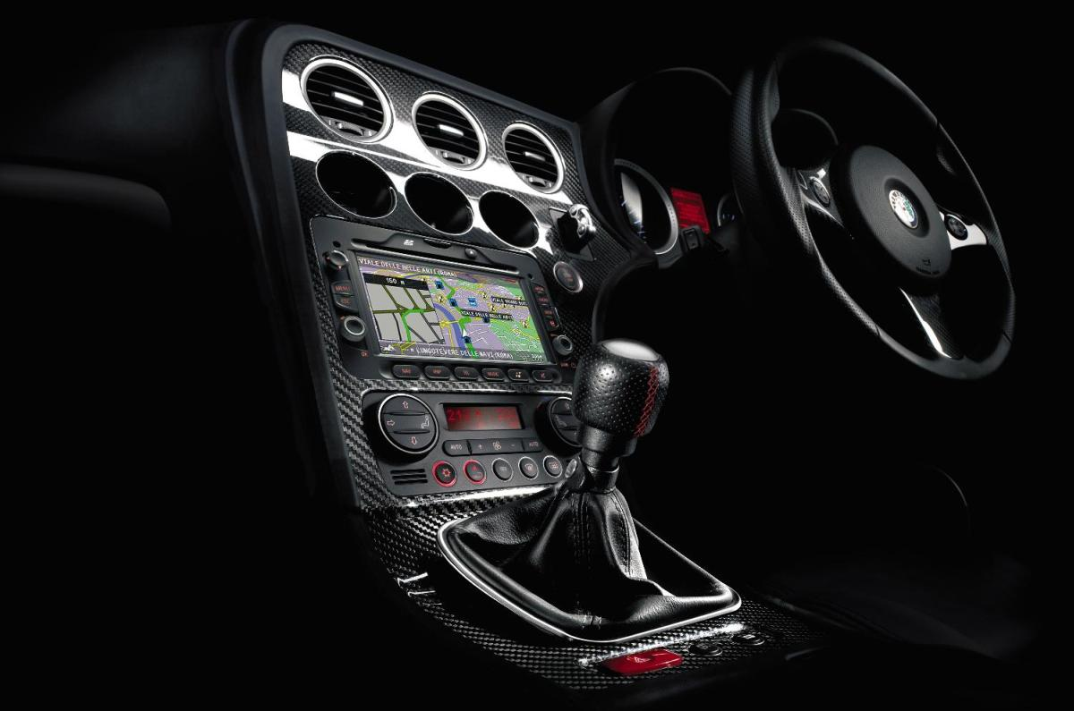 Alfa romeo 159 gets new interior and 136 hp 2 0 jtdm diesel for Alfa romeo 159 interieur