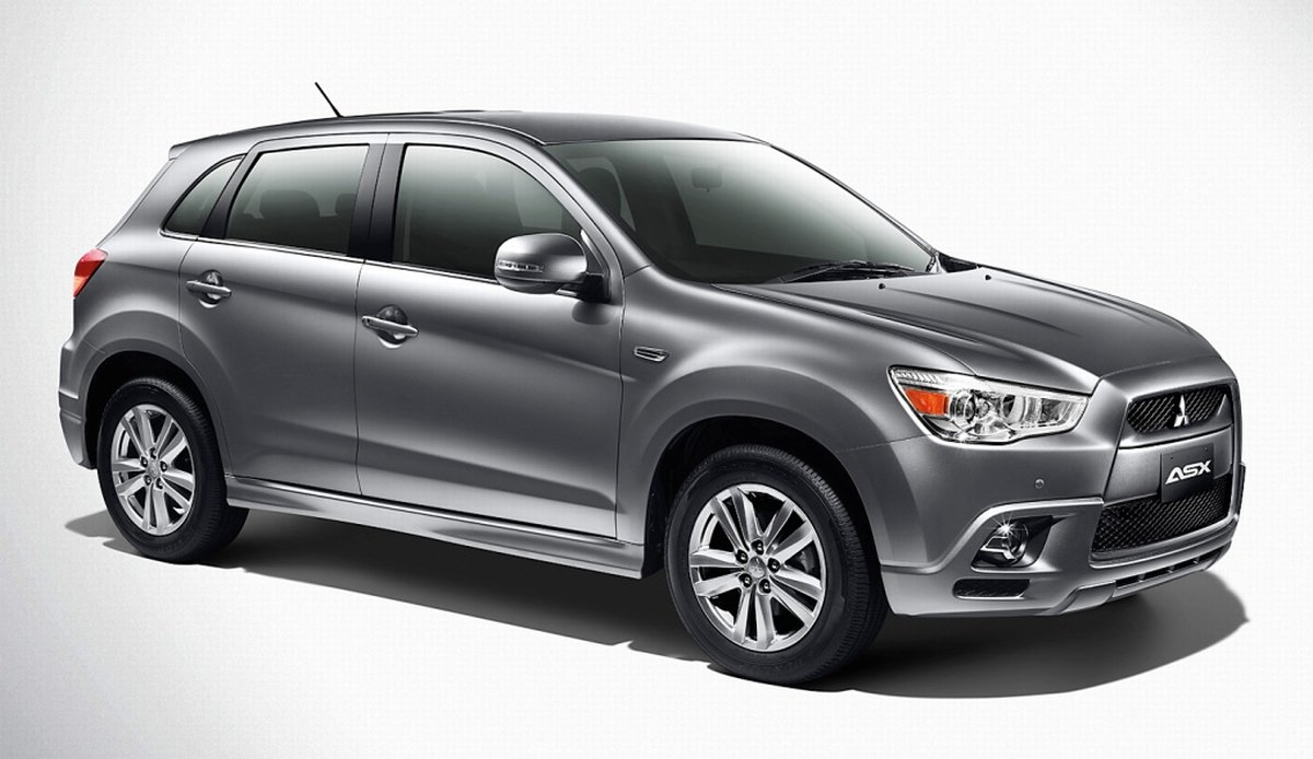 Mitsubishi ASX upgraded for 2012 - now with 17-inch alloys and smart key/push-start ignition, RM138k