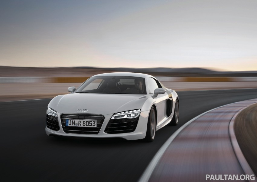 Audi R8 facelift – now with S tronic dual clutch Image #122158