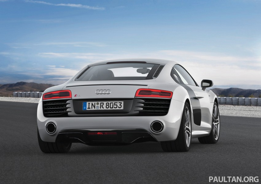 Audi R8 facelift – now with S tronic dual clutch Image #122157