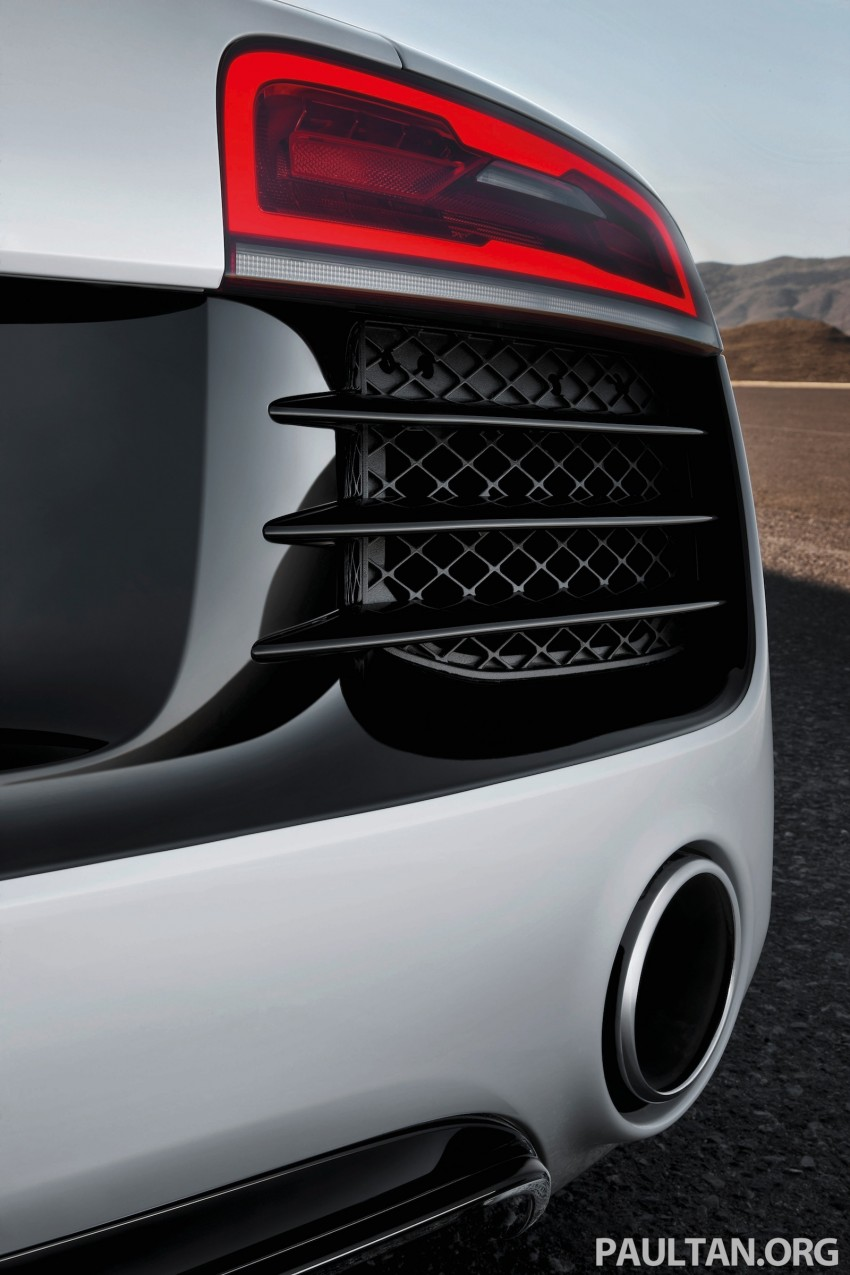 Audi R8 facelift – now with S tronic dual clutch Image #122167