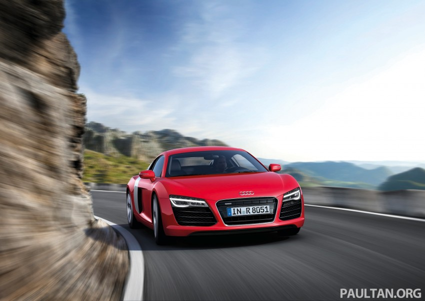 Audi R8 facelift – now with S tronic dual clutch Image #122131