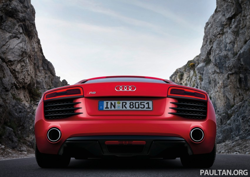 Audi R8 facelift – now with S tronic dual clutch Image #122138