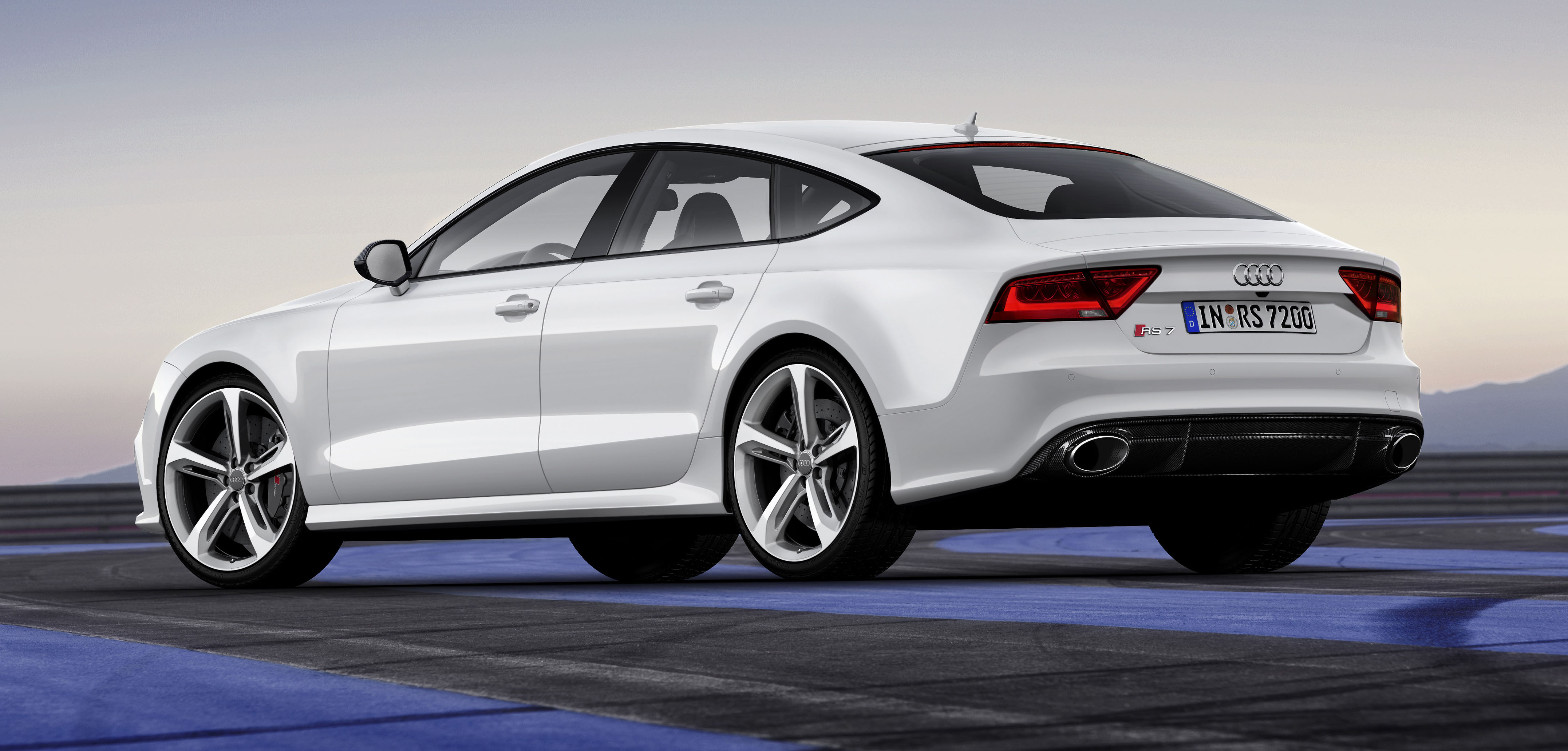 Audi RS7 Sportback: a sexier alternative to an Avant Paul ...