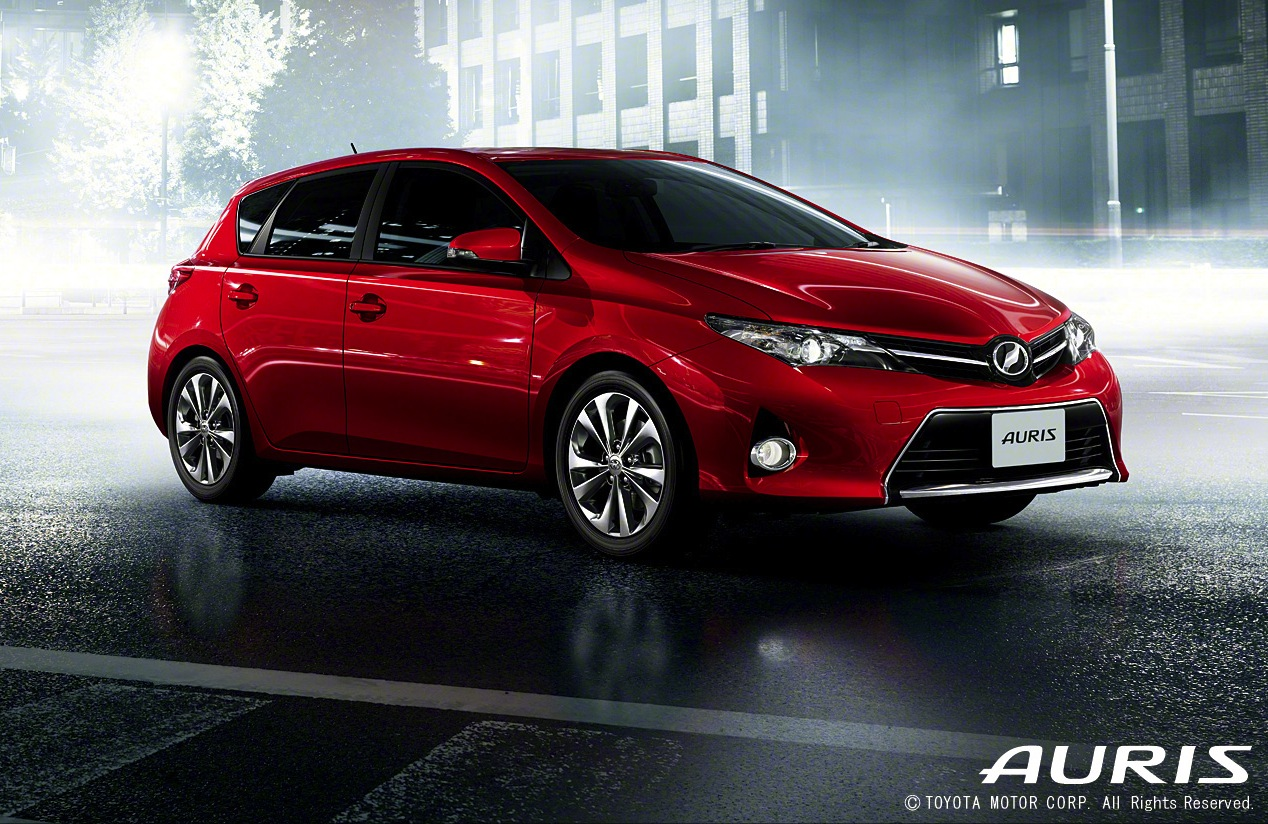 2013 toyota auris c segment hatchback unveiled image 126125. Black Bedroom Furniture Sets. Home Design Ideas