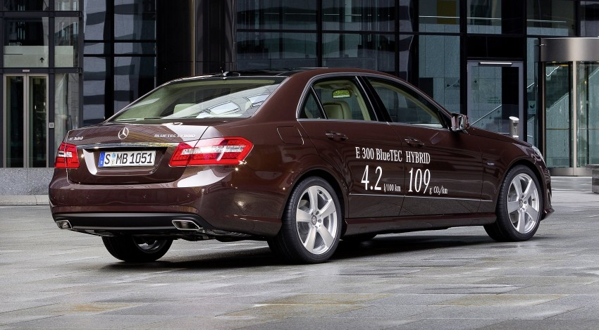 Mercedes-Benz E300 BlueTEC Hybrid introduced, in both saloon and estate form – E400 Hybrid also debuts Image #81223