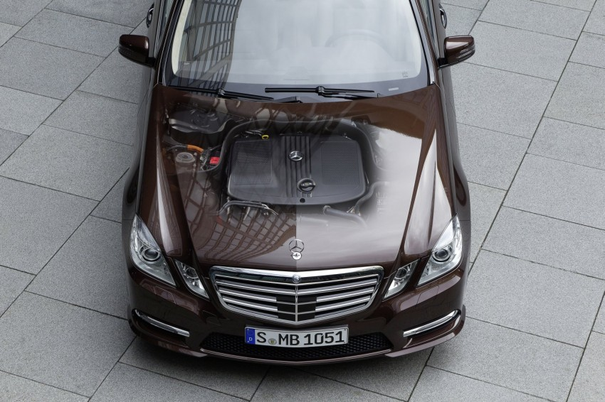 Mercedes-Benz E300 BlueTEC Hybrid introduced, in both saloon and estate form – E400 Hybrid also debuts Image #81221