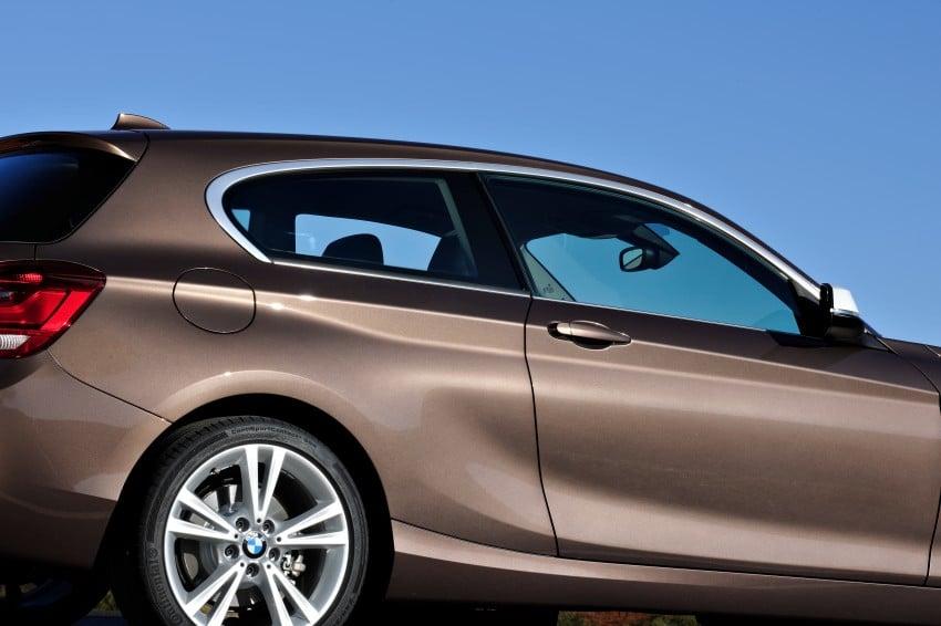 BMW 114i debuts with 3-door BMW 1-Series hatch body Image #106060