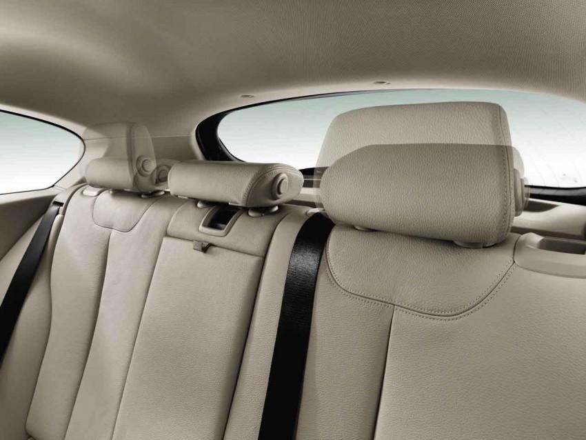 BMW 114i debuts with 3-door BMW 1-Series hatch body Image #106067