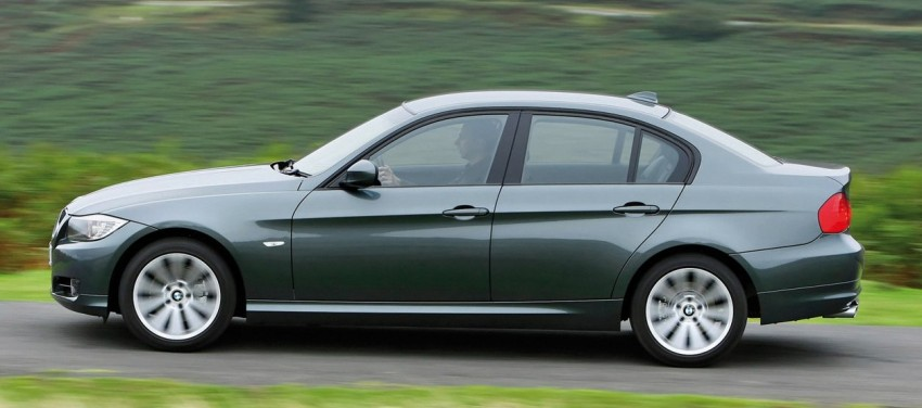 Drop by at Auto Bavaria Sg. Besi this weekend to get special deals on the E90 BMW 3-Series [AD] Image #107268