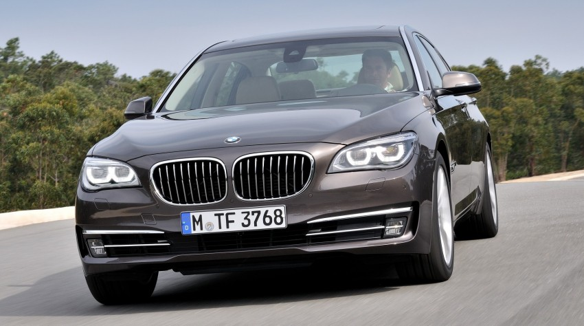 2012 BMW 7-Series LCI gets updated inside and out Image #108452