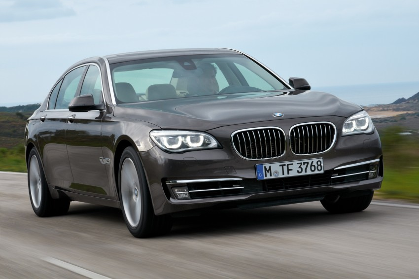 2012 BMW 7-Series LCI gets updated inside and out Image #108457