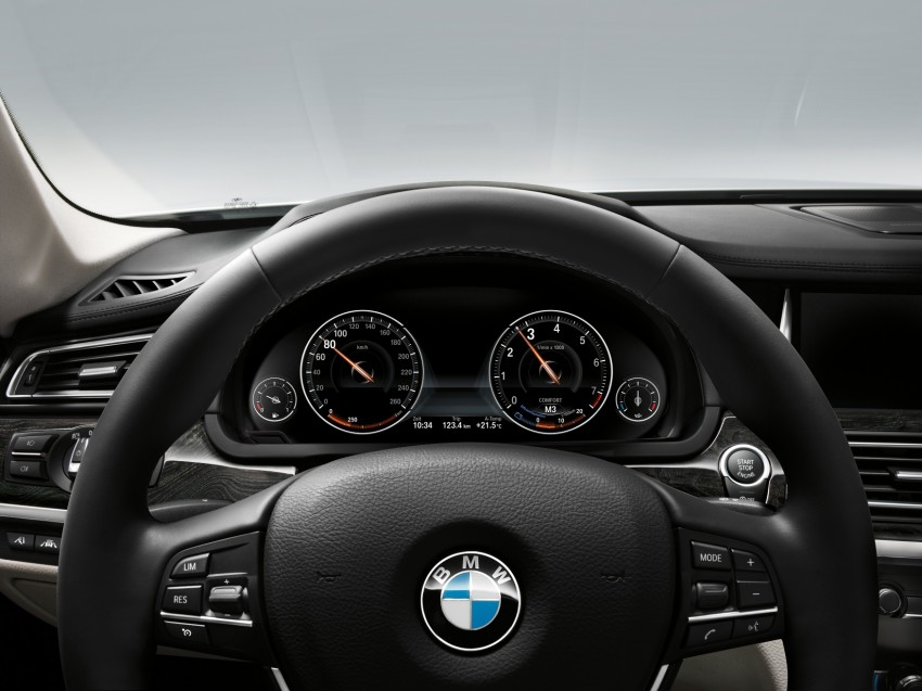 2012 BMW 7-Series LCI gets updated inside and out Image #108467