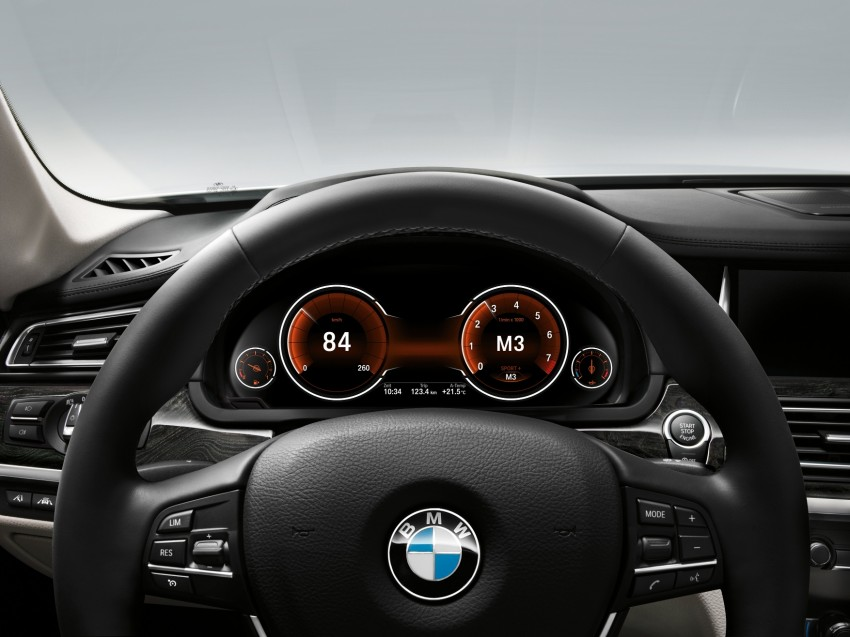 2012 BMW 7-Series LCI gets updated inside and out Image #108468