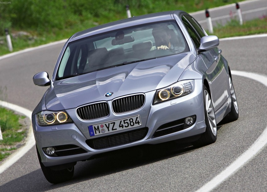 Auto Bavaria Sg. Besi: Grab the E90 BMW 3-Series 323i with a special financing plan [AD] Image #108596