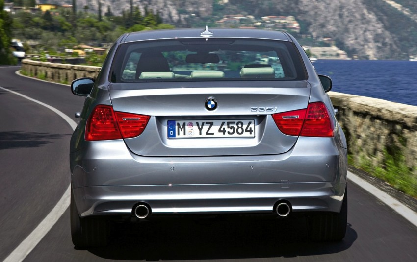 Auto Bavaria Sg. Besi: Grab the E90 BMW 3-Series 323i with a special financing plan [AD] Image #108597