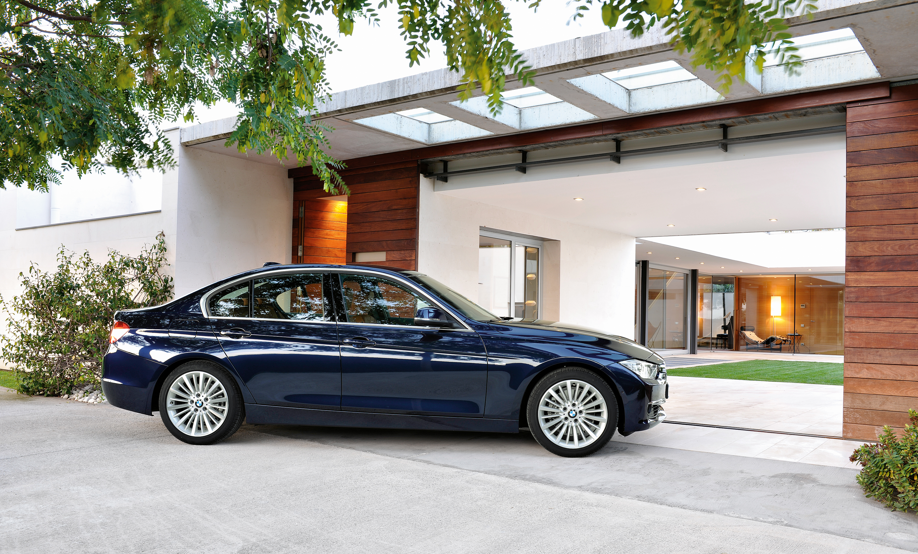 Gallery F30 Bmw 3 Series Luxury Line Hi Res Image 72901