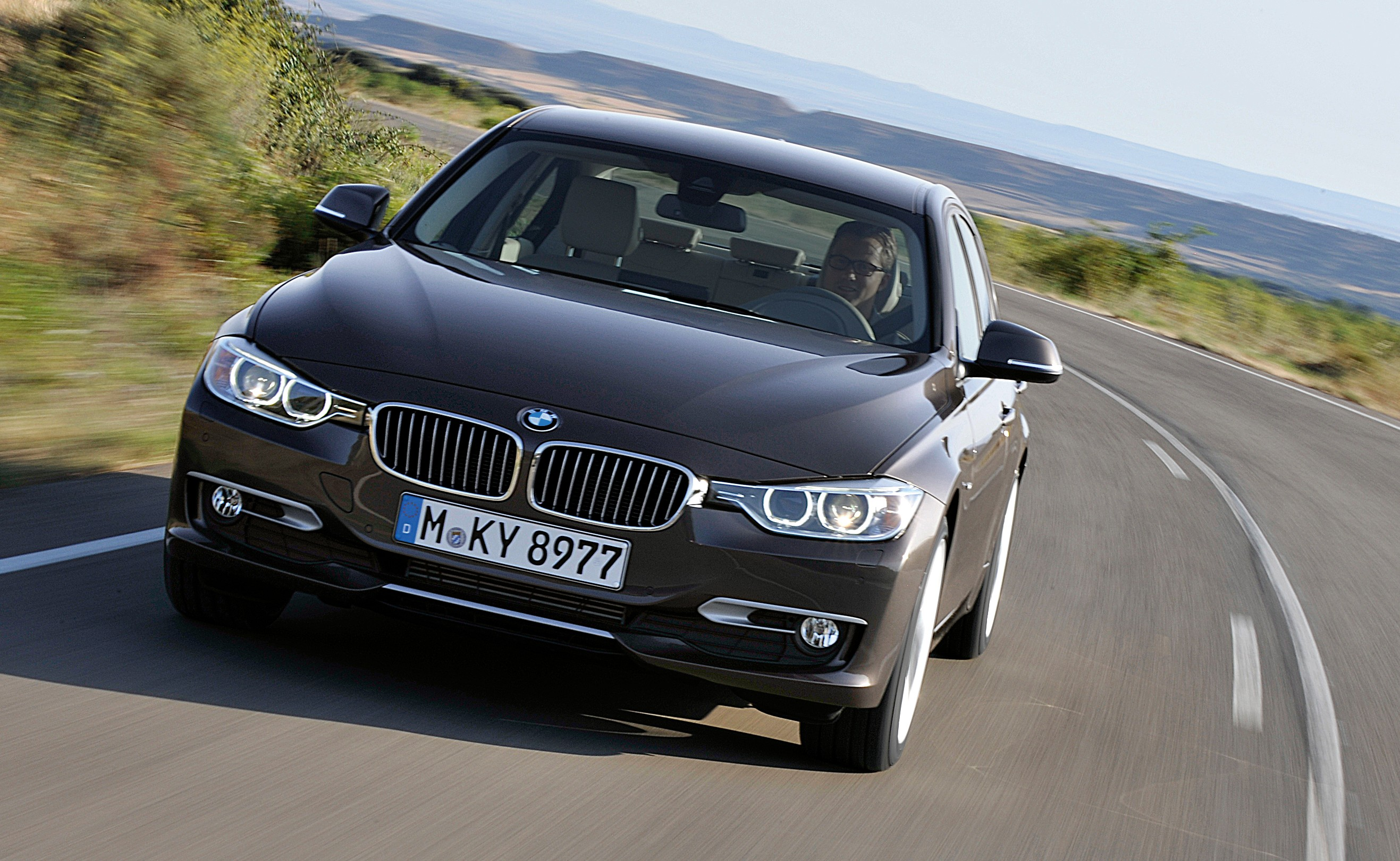 GALLERY: F30 BMW 3-Series Modern Line (Hi-Res) Paul Tan ...