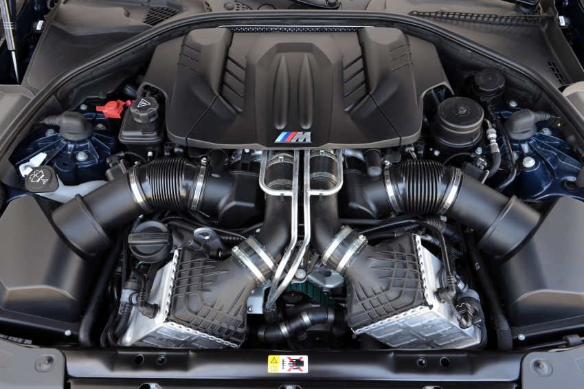 BMW M6 Coupe and Convertible – new photos Image #114051