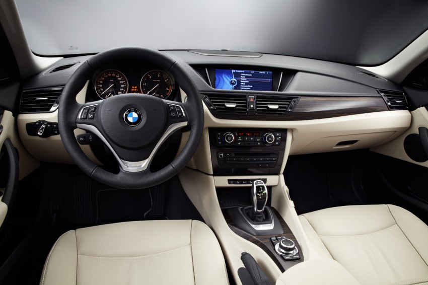 BMW X1 facelifted – xLine and Sport Line introduced Image #104124