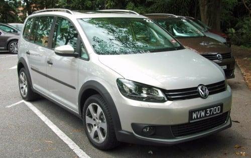 Volkswagen Cross Touran 1 4 Tsi First Drive Impressions