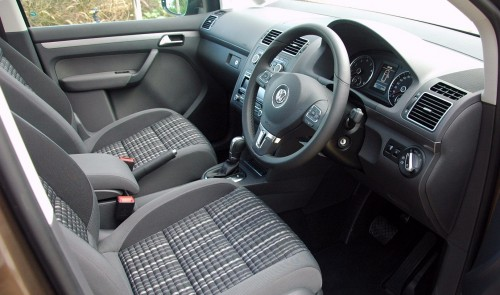 Volkswagen Cross Touran 1.4 TSI - first drive impressions