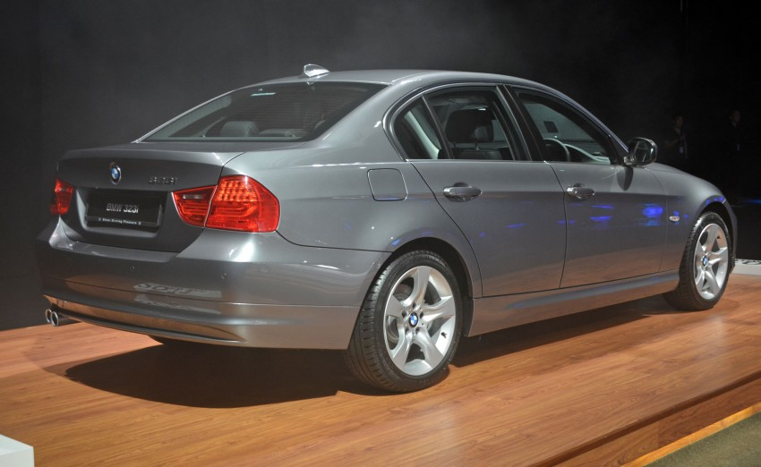 GALLERY: BMW 3-Series lineage display at the F30 launch Image #96703