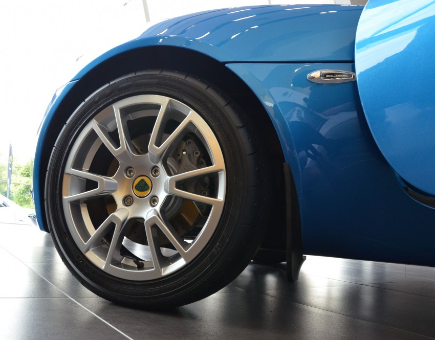 Lotus flagship showroom opens in Petaling Jaya – Exige S and Elise S launched in Malaysia Image #148677