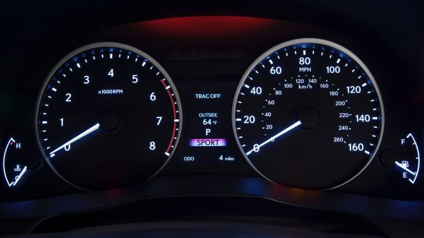 Lexus ES sheds dowdy image, follows the GS' lead Image #100245