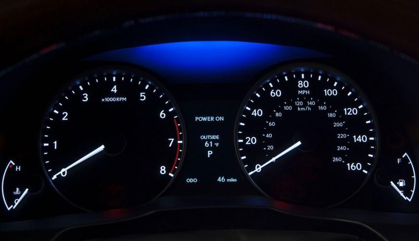 Lexus ES sheds dowdy image, follows the GS' lead Image #100251