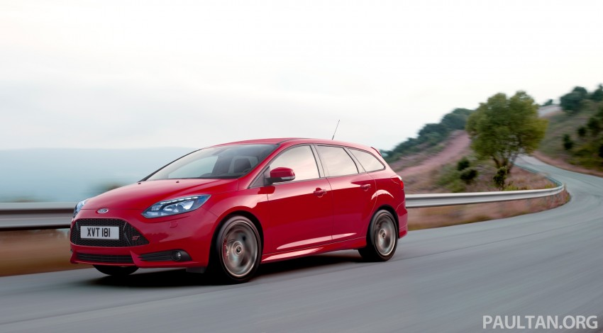 Ford Focus ST debuts, in five-door and estate forms Image #131031