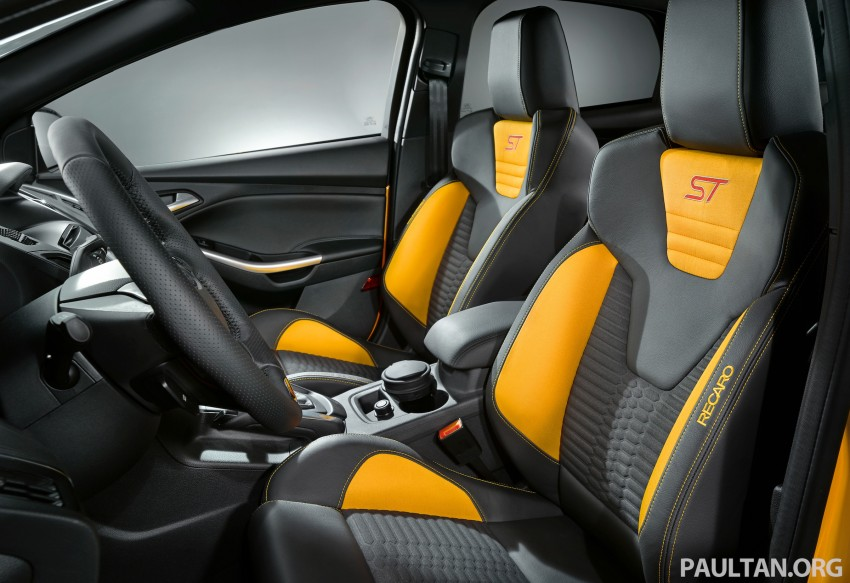 Ford Focus ST debuts, in five-door and estate forms Image #131032