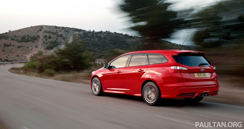 Ford Focus ST debuts, in five-door and estate forms Image #131040