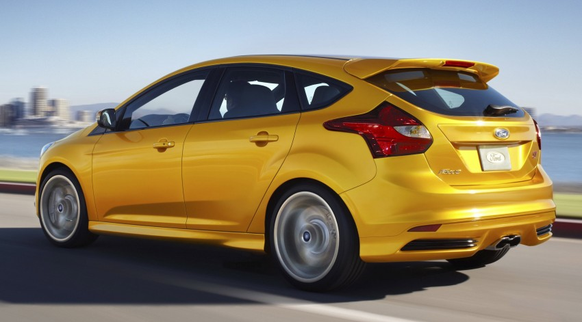 Ford Focus ST – the GTI challenger arrives, RM209k Image #130345