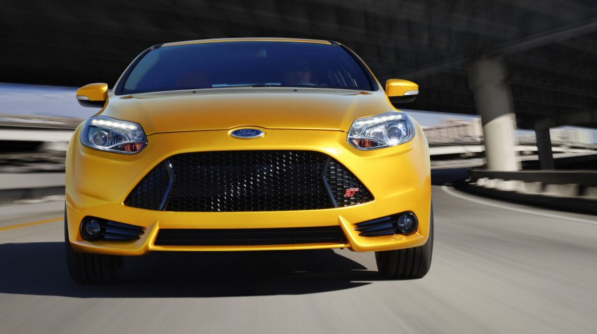 Ford Focus ST – the GTI challenger arrives, RM209k Image #130348