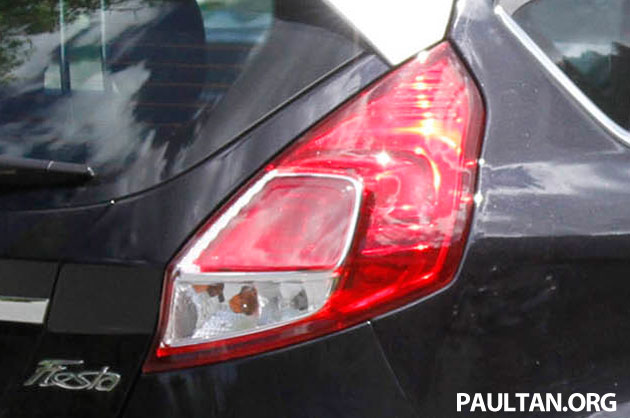 2013 Ford Fiesta facelift spyshots – hatchback model's new tail lamp design exposed Image #114677