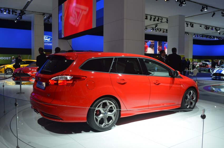 Frankfurt: Ford reveals the 2012 Focus ST and ST-R Image #69408